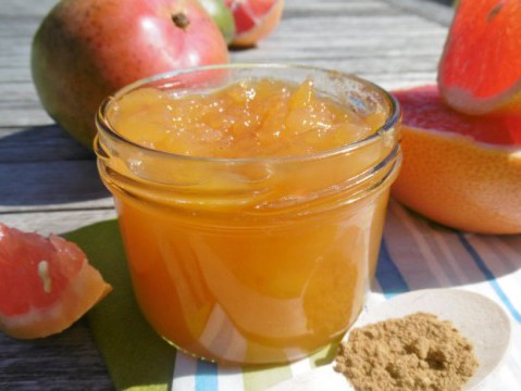 Mangoconfituur met kardemom