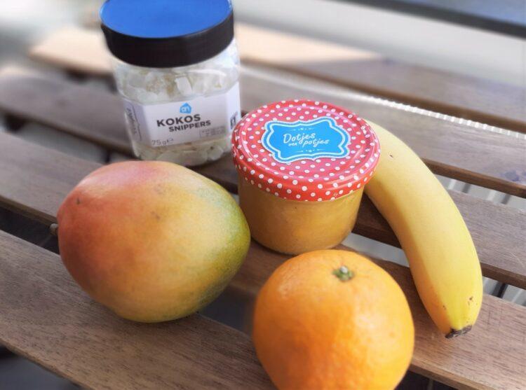 Mangoconfituur met kokos en banaan