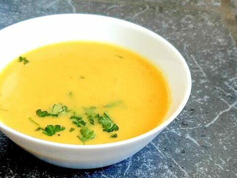 aspergesoep-met-curry